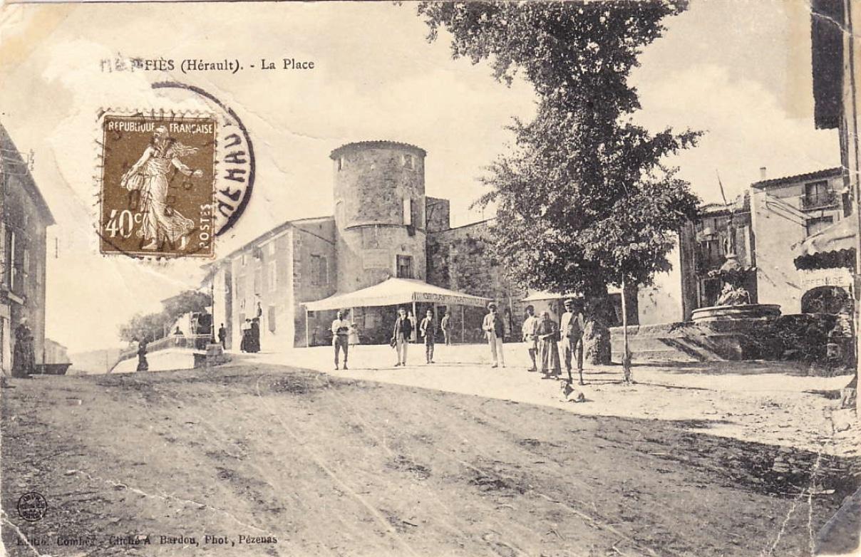 Place Paul Gauffre ()